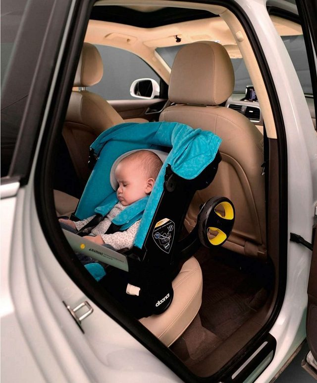 Hottestmalesofthedecadebestof2000sphotosmusic1221 besides People besides Hands Mommy Kim Kardashian Lactating Thermos Arrives NYC Little Nori as well Toddler Car Seat besides Doona Car Seat Stroller Target. on car seat airport stroller